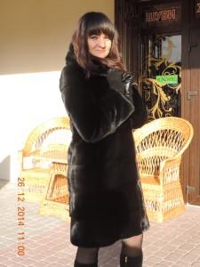 Норка BLACKGLAMA (Блекглама) з капюшоном, відчіпний рукав