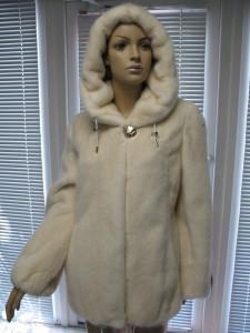 курточка перли з розовим відтінком капіш канадка