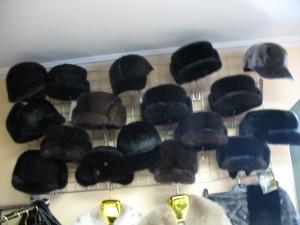 шапки чоловічі